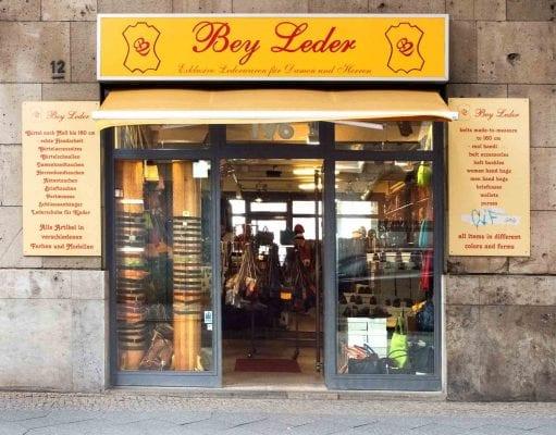 Bey Leder Berlin-Titelbild