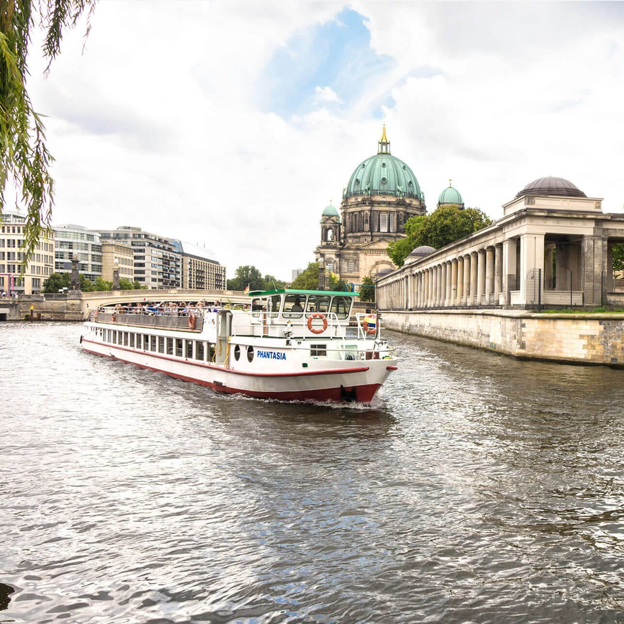 Spreerundfahrt Berlin - Berliner Dom