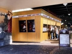 Beste Currywurst Berlins-Konnopke Imbiss