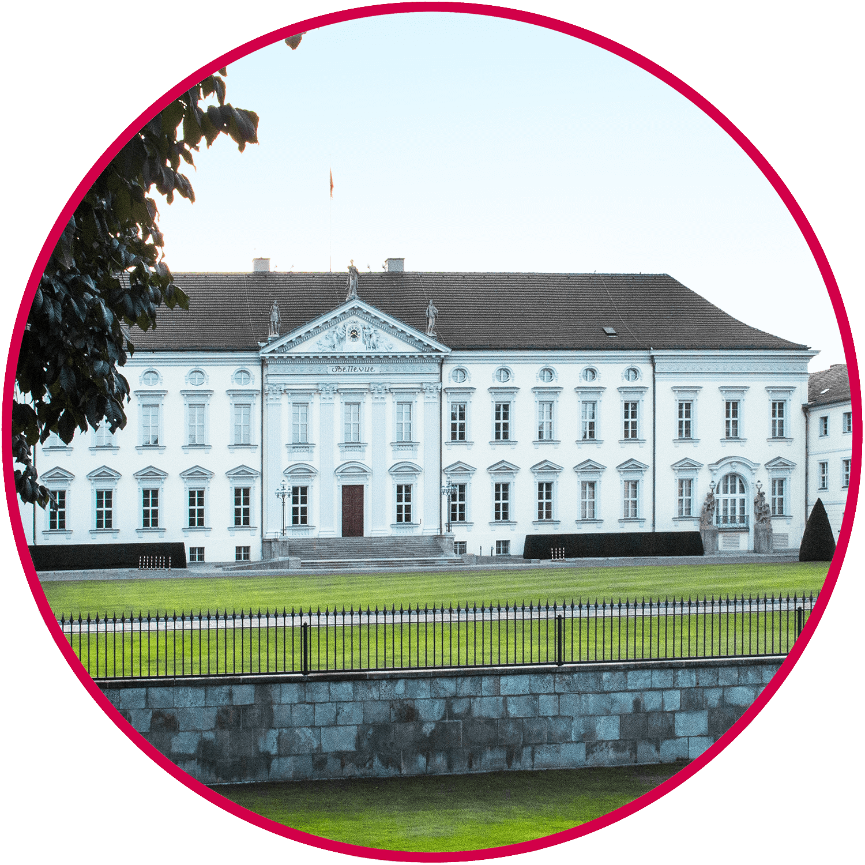 Brückenfahrt Berlin-Schloss Bellevue