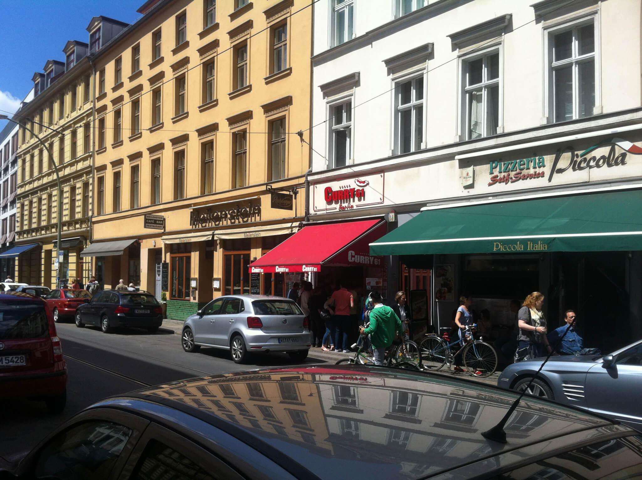 Beste Currywurst Berlin-Curry61-Straßenansicht-2