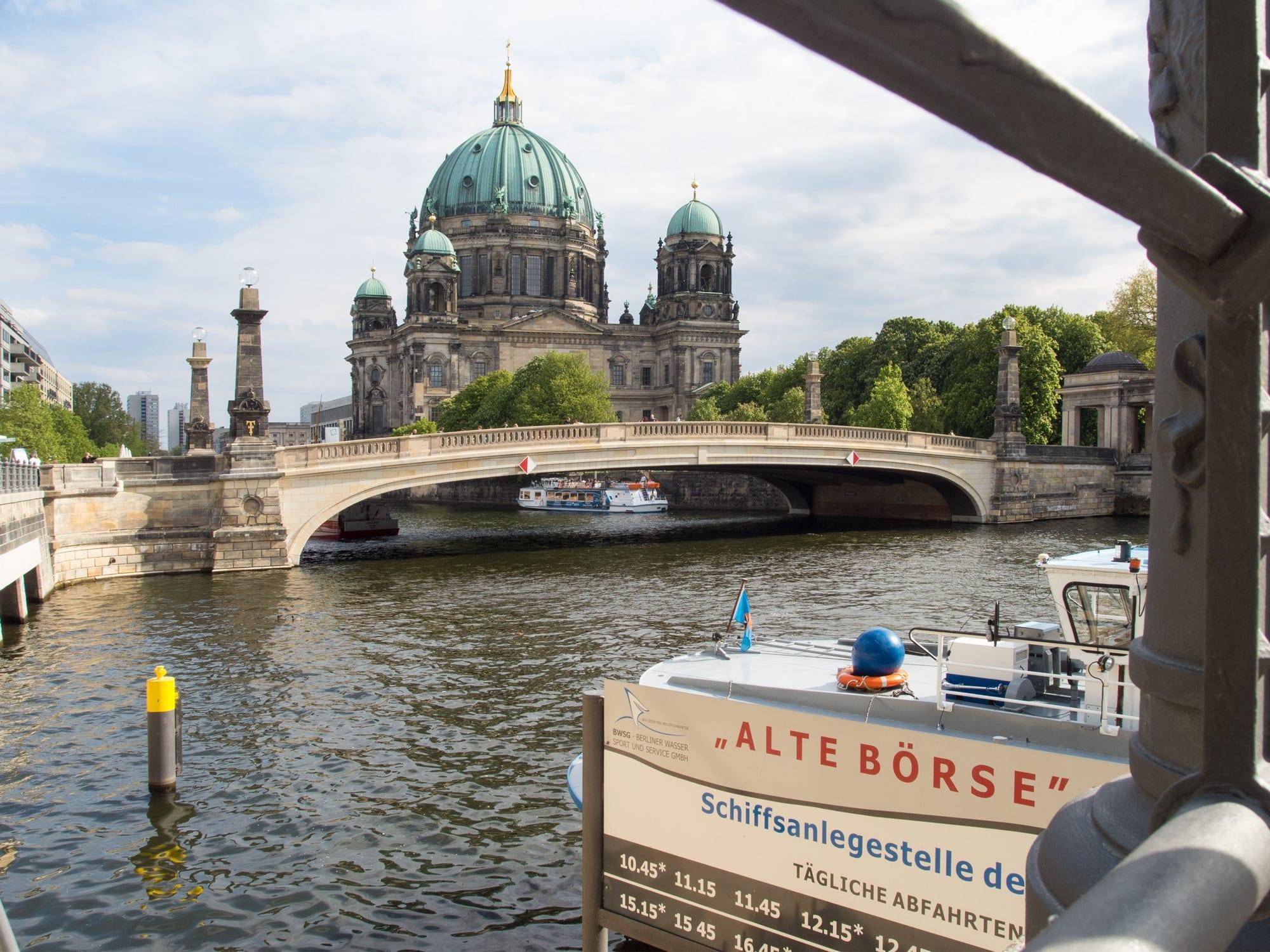Anlegestelle Alte Börse-Berliner Dom