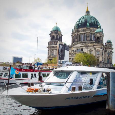 schifffahrt-berlin-anlegestelle-nikolaiviertel
